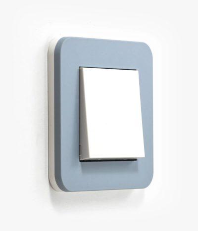 GIRA E3 Sky blue light switch