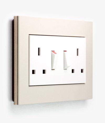 GIRA Esprit Linoleum Plywood Light Grey socket