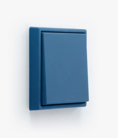 Jung Les Couleurs 32030 Blue Céruléen 31