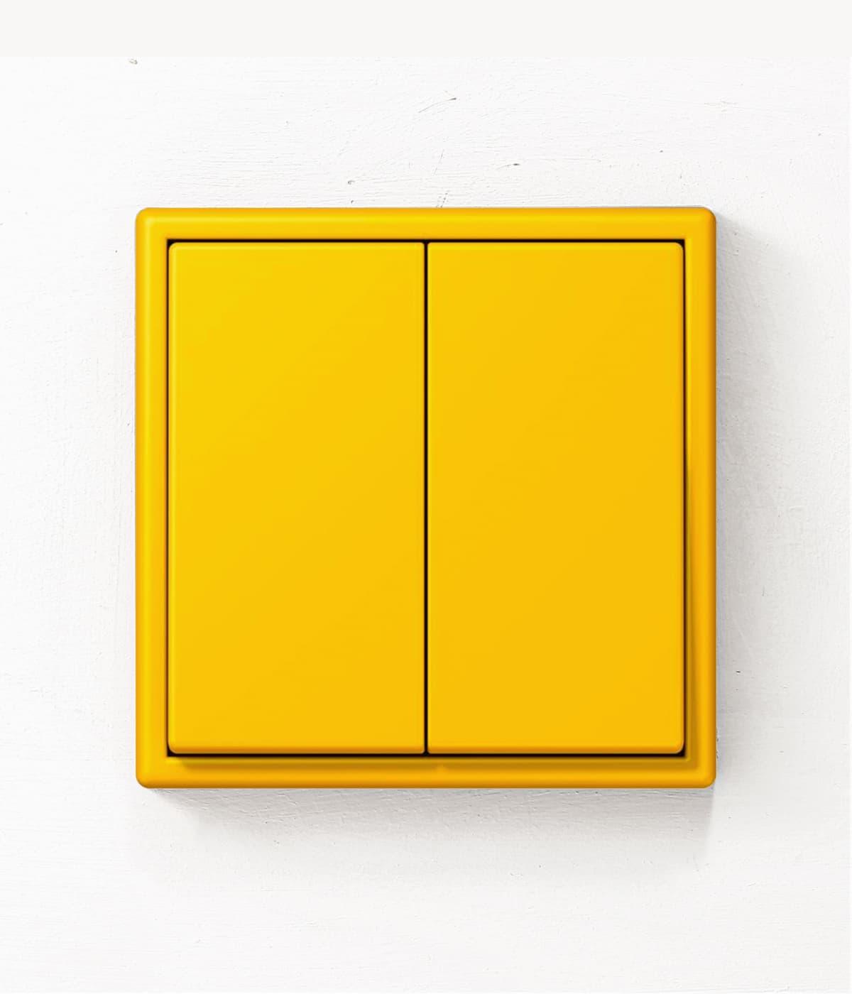 JUNG Les Couleurs Le Jaune Vif light switch