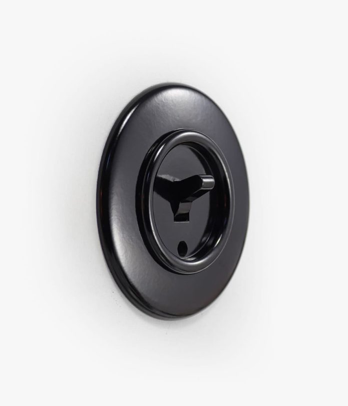 Bakelite Toggle Round